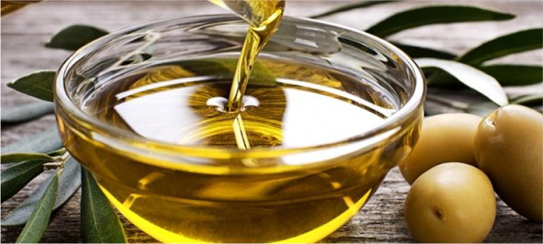 Is-olive-oil-good-for-oily-skin