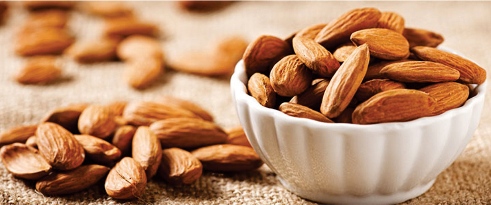 Almonds-are-best-to-Lower-Cholesterol-Level