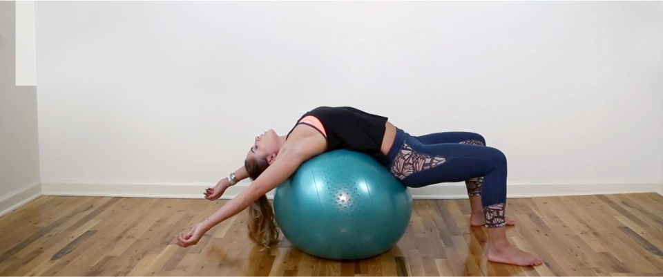 Exercise-with-Stability-Ball-To-Prevent-the-Damage-of-Sitting-All-Day