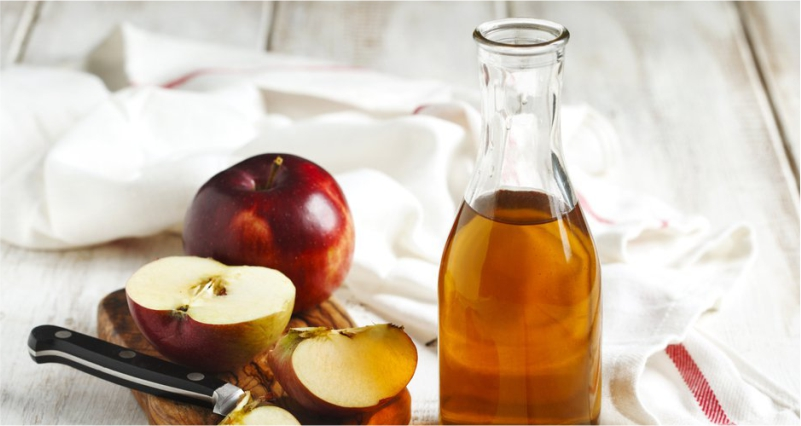 Apple-Cider-Vinegar-to-Strengthen-Weak-and-Tired-Legs