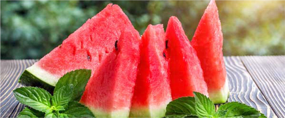 Eat-Watermelon-to-Reduce-Belly-Fat-and-Get-Perfect-Shape
