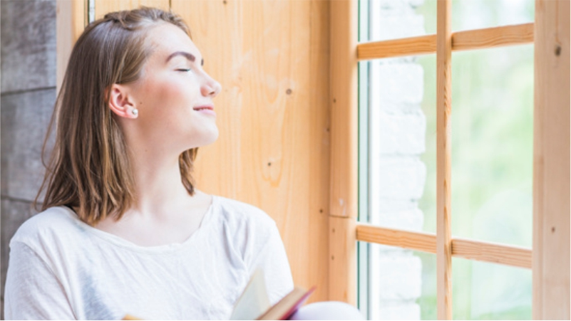 Know How to Relax Your Eyes with Some Easy Methods