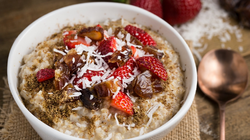 Oatmeal-must-Eat-for-a-Strong Body