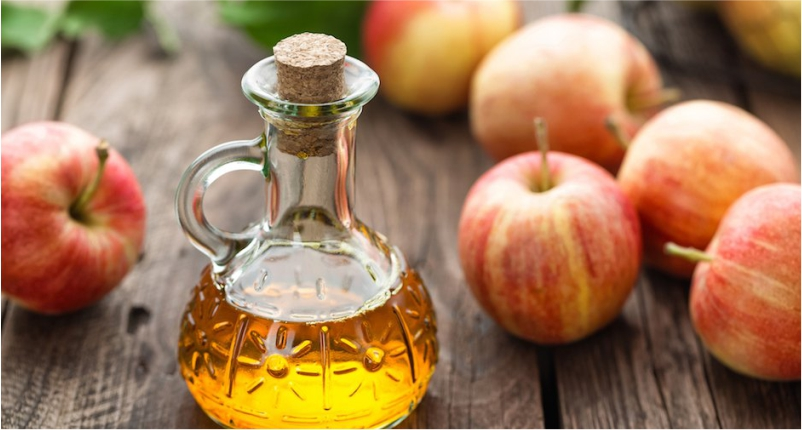 Use-Apple-Cider-Vinegar-to-Get-Rid-of-Brown-Spots-on-skin